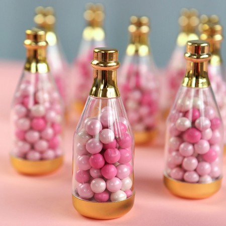 bottiglietta di champagne dorata