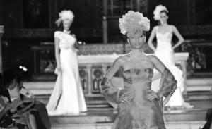 Passerella del Roma Fashion White